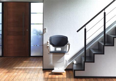 un monte escalier 233 lectrique pour le maintien 224 domicile