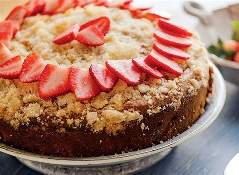 Yum, this cake is the best! 7 Favorite Coffee Cake Recipes   Rhubarb coffee cakes ...