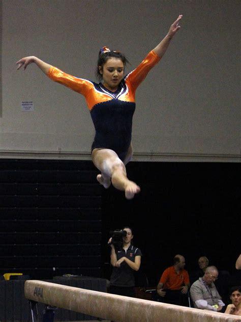 illinois womens gymnastics   rise