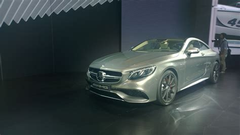 Personal luxury is alive and well. The 2015 Mercedes-Benz S63 AMG 4MATIC Coupe debuts at the New York Auto Show - The Fast Lane Car