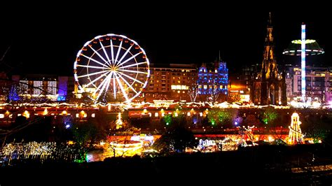 exploring the edinburgh christmas market and street of lights