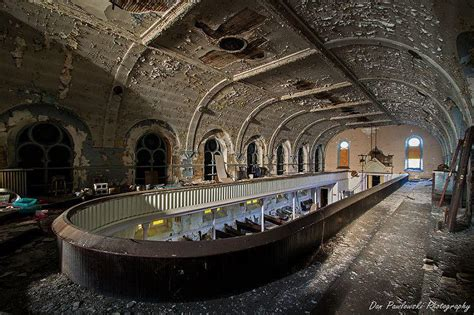 10 Abandoned Synagogues of Europe & America - Urban Ghosts ...