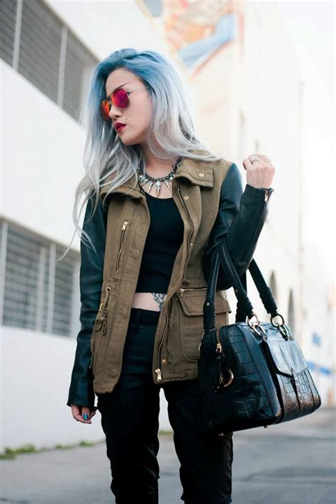 grey blue hair color trend  women