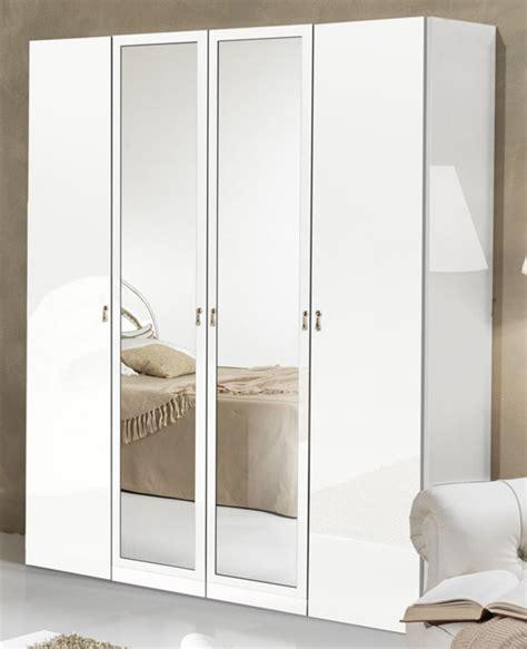 armoire de chambre à coucher couleur pour chambre de garcon