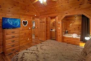 honeymoon getaway romantic cabin by cabins usa With pigeon forge honeymoon cabins