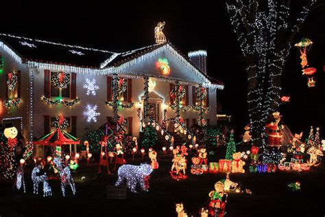 front lawn christmas decorations pictures