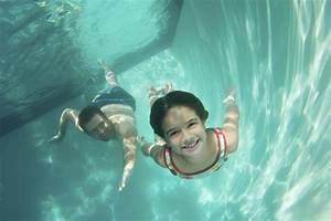 Rustine Piscine Sous L Eau : piscine au brome ooreka ~ Farleysfitness.com Idées de Décoration