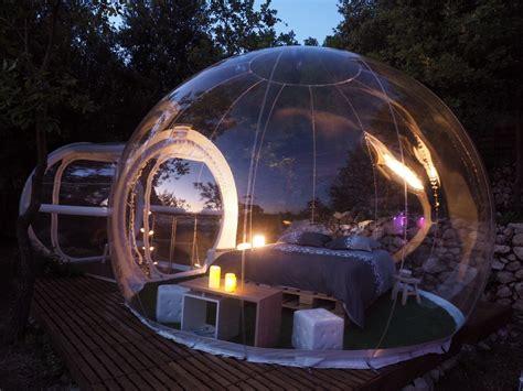 chambre bulle dans la nature dormir dans des bulles bulles des bois dormir dans une