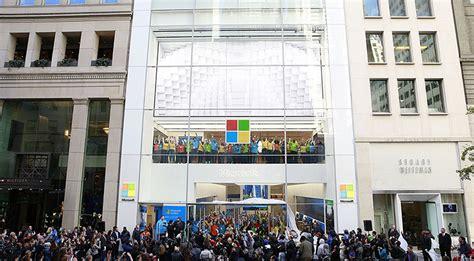 Microsoft Store Fifth Avenue-new York, Ny