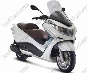 Piaggio X10 350 : pack headlights xenon effect bulbs for piaggio x10 350 ~ Medecine-chirurgie-esthetiques.com Avis de Voitures