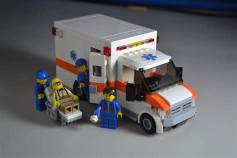 Megaman Lade by Ambulance Type 3 Type Iii Legomania Lego Camion