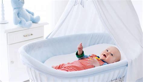 di vimini per neonati meglio la o i lettini per neonati 18 spunti di