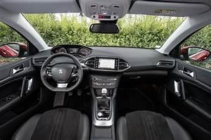 Peugeot 308 Allure 2017 : peugeot 308 allure 1 2 e thp puretech 130 auto first drive ~ Gottalentnigeria.com Avis de Voitures