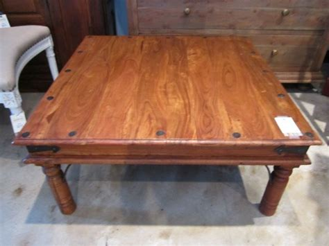 Rustic Indian Rosewood Coffee Table W/medieval Metal Coffee Drip Machine Bag Tap Realistic Painting Watery Robusta Effect Nutrition Target