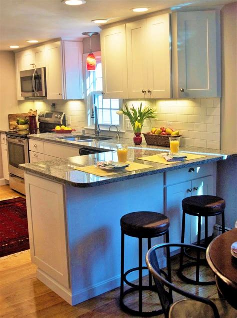 small kitchen  extra seating  peninsula home