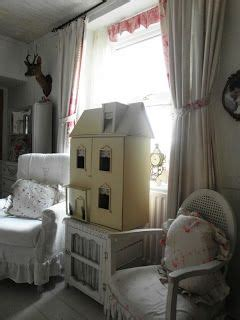 shabby chic chipping sodbury reved doll s house for display shabby chick pinterest display house and shabby