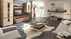 Wohnwand ideen zur gestaltung des modernen wohnzimmers for Balkon teppich mit tapeten und stoffe passend
