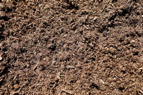 ground bark mulch composts bessie s best manure compost