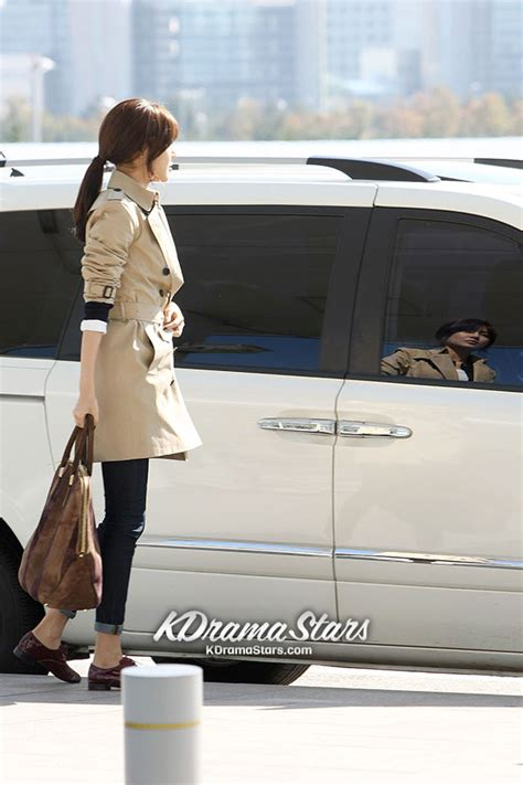 choi soo young  incheon airport leaving  burberry pacific place opening event  hong kong