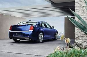 Chrysler 300 C : 2018 chrysler 300 first drive review ~ Medecine-chirurgie-esthetiques.com Avis de Voitures