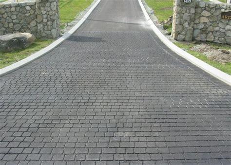 blacktop driveway ideas 17 best ideas about blacktop driveway on pinterest asphalt concrete driveways and driveway