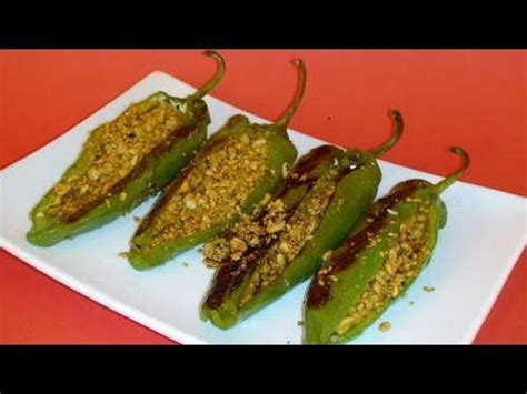 how to make stuffed peppers how to make stuffed peppers recipe youtube