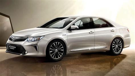 Ohne einen kombi wird es in europa bei überschaubaren stückzahlen bleiben. Der neue Toyota Camry Hybrid - raffinierte Eleganz ...