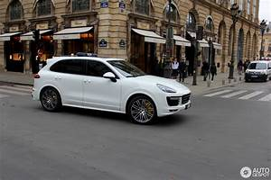 2017 Porsche Cayenne Turbo S : porsche 958 cayenne turbo s mkii 15 april 2017 autogespot ~ Maxctalentgroup.com Avis de Voitures