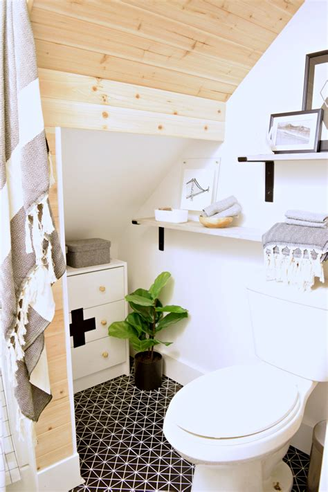 Complete Bathroom Remodel Diy by Diy Tiny Bathroom Remodel
