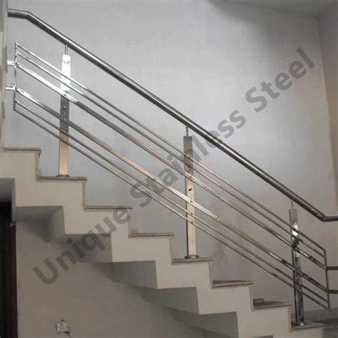 Staircase Ss Railing Design by Stainless Steel Stair Railing Parts