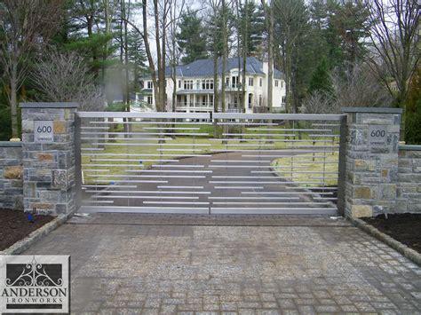 driveway gates gate designs driveway gate designs