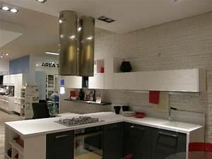 Cucina LUBE Moderna con Penisola Modello Adele Scontata del 50% Cucine a prezzi scontati