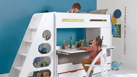 bureau pour deux enfants une chambre d enfant deux lits