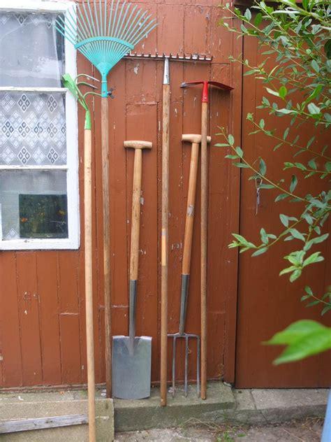 Geräte Im Garten  Welche Braucht Man Als Gärtner Wirklich