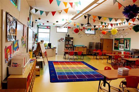 Classroom Set Up Round Up Elementary Art Education Art