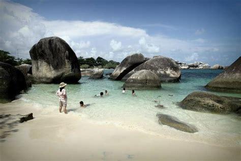 tanjung tinggi beach picture  belitung island bangka