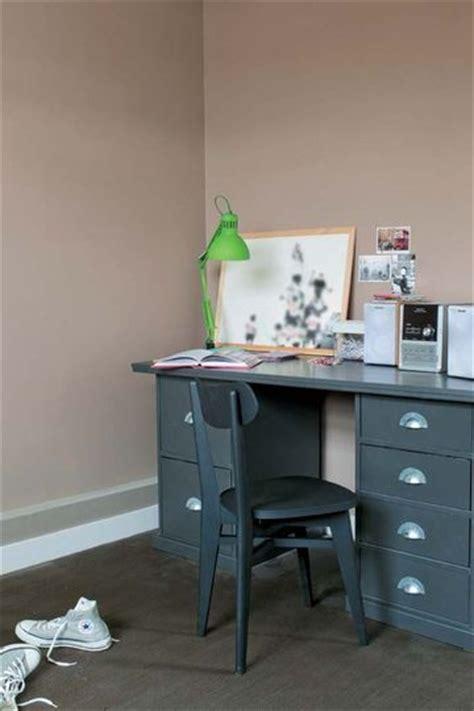 peinture moderne chambre tollens une peinture couleur taupe pour une chambre