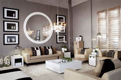 8 Ideas To Use A Round Mirror In A Large Living Room