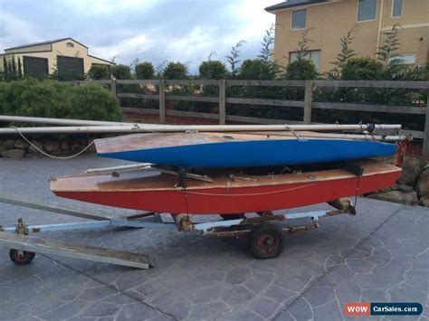Car Boat Dinghy by 2x Classic Sail Boat Dinghy 1x Moth 1x Rainbow For Sale