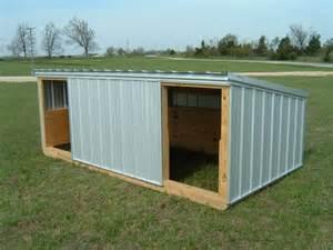 Portable Pig Shelter