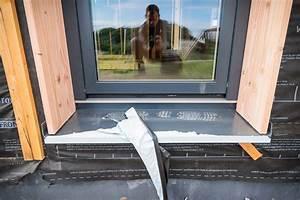 Pose Appui De Fenetre : photo pose des fen tres d tail appui et pr cadre avec ~ Melissatoandfro.com Idées de Décoration