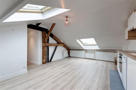louer des bureaux loft sous comble aménagé pour location structures apparentes