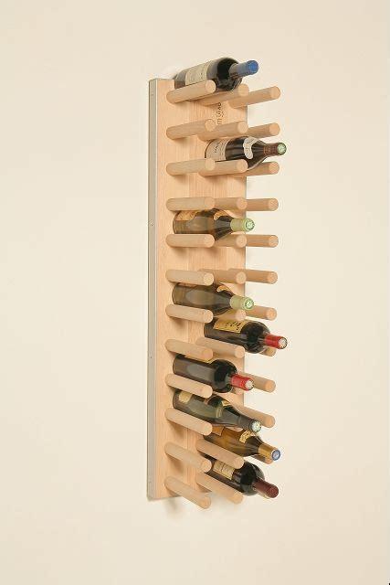 support bouteille vin les 25 meilleures id 233 es de la cat 233 gorie porte bouteille vin sur porte bouteilles 224