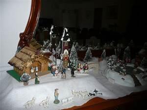 Personnage Pour Village De Noel : notre village de noel sur le buffet christbriz ~ Melissatoandfro.com Idées de Décoration