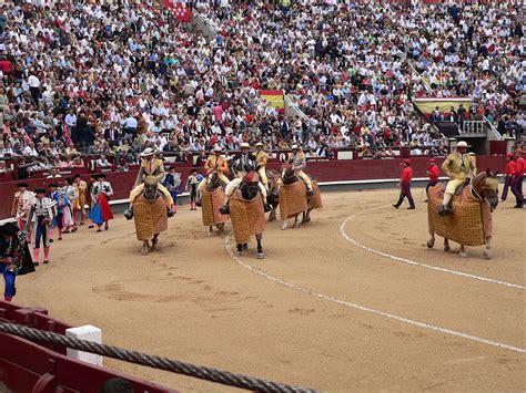Spanish Style Bullfighting Wikipedia