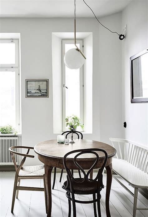 25+ Best Small Round Kitchen Table Ideas On Pinterest