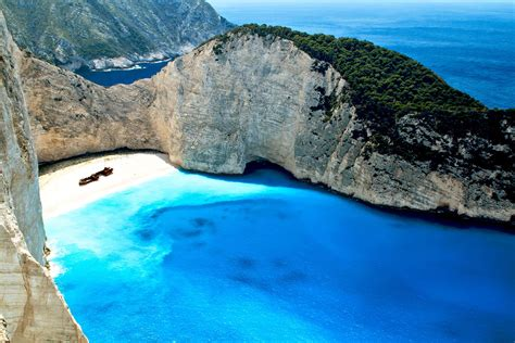35 Best Beaches in Greece and the Greek Islands
