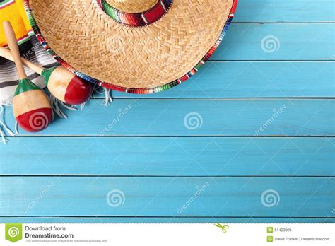 mexico mexican sombrero blue wood background copy space