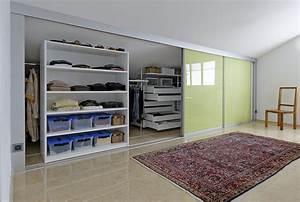 Schrank Dachschräge Hinten Selber Bauen : doppelt tiefer kleiderschrank durch schieberegale auf zu ~ Somuchworld.com Haus und Dekorationen
