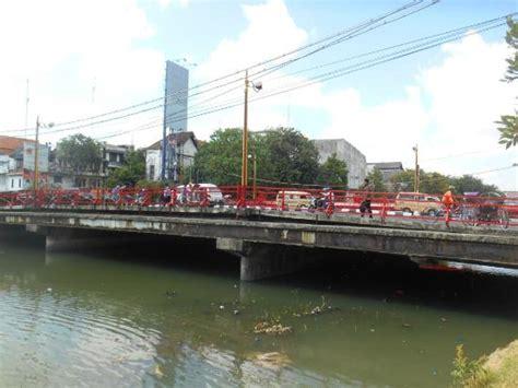 day picture of jembatan merah surabaya tripadvisor